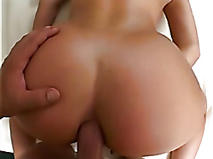 Thumbnail Blondie Gets Pain in the neck Fucked