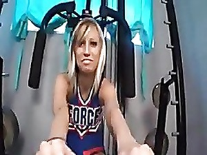 Incomparable cheerleader footjob