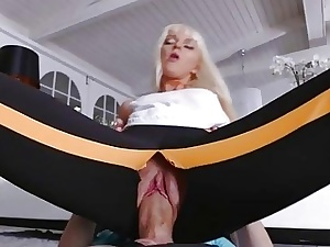 Hot tow-haired stepsis drilled vulnerable be passed on stun