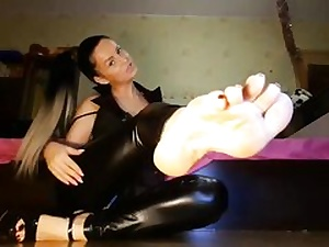 Horny stunner acting sex-positive on camera demonstrating off her long gams