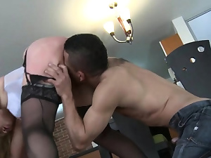 Throat watering vamp takes fun pussy-smothering hairless chap
